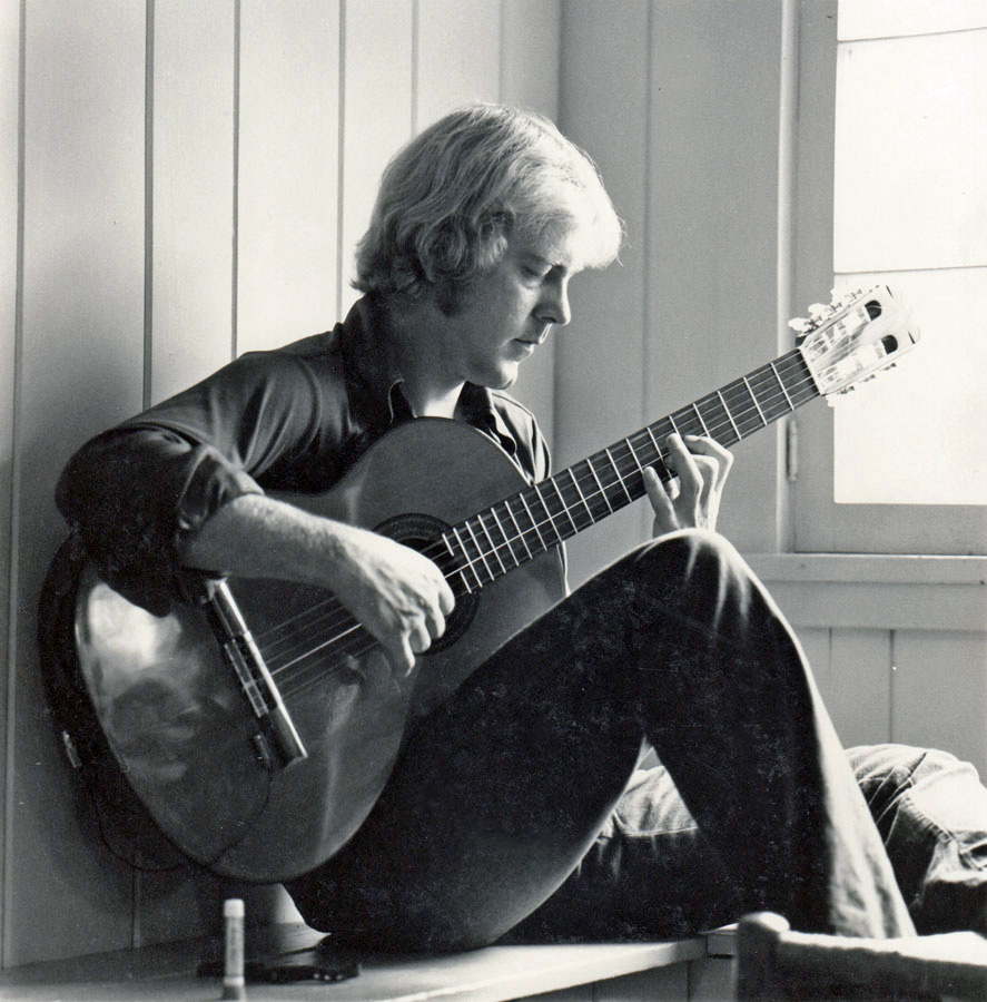 Michael Johnson Singer Guitarist